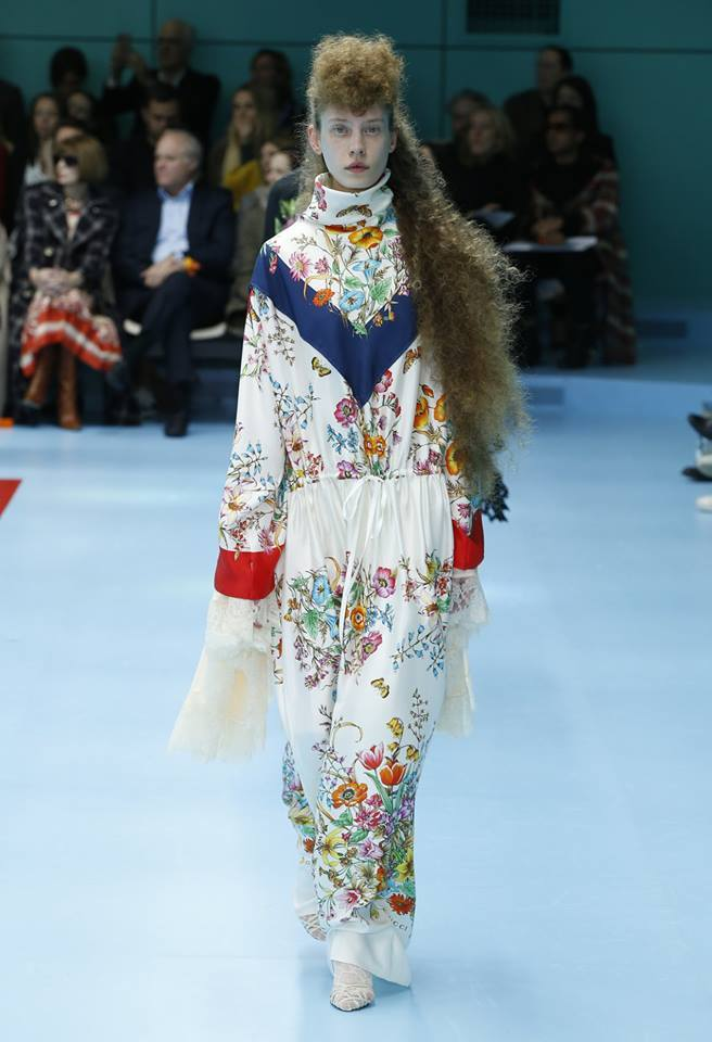 Gucci Presented The Fw 2018 2019 Collection And Used Crazy Props For It Luxury Prague Life
