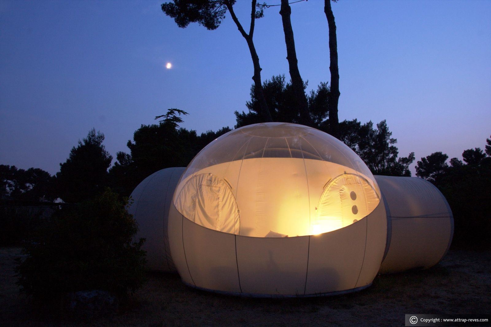 Source attrap-reves.com & Luxury under the Stars: Attrapu0027Rêves Bubble Hotel | Luxury Prague Life