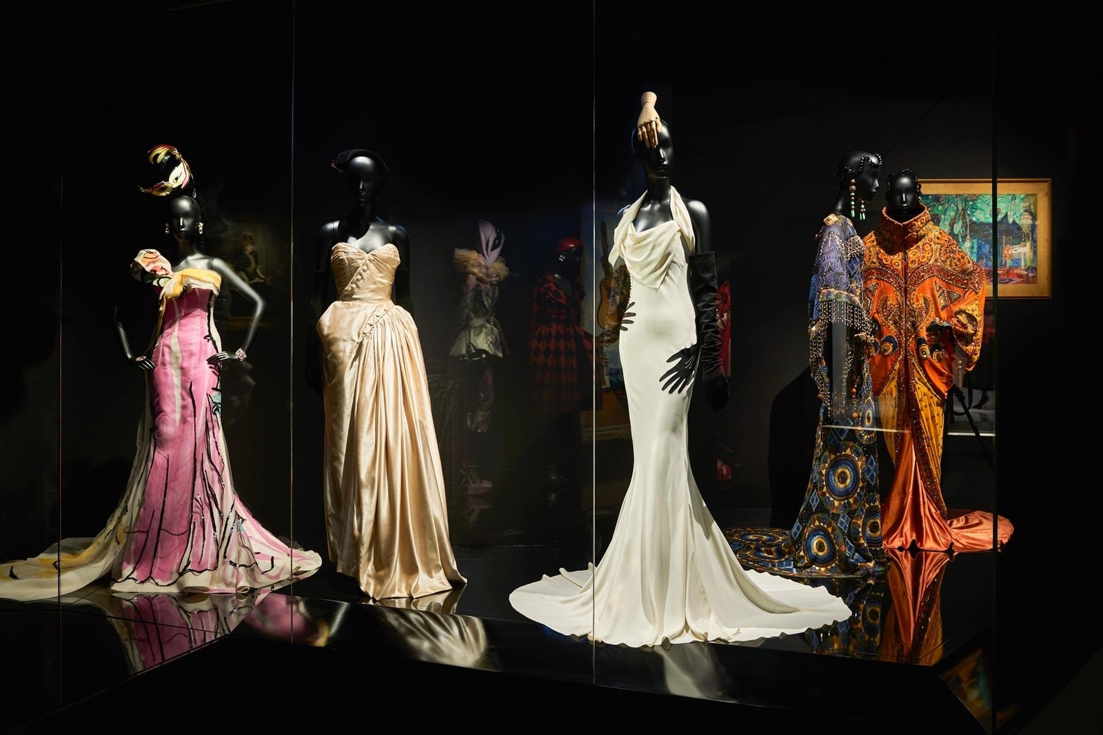 97a72399d Christian Dior Exhibition in Paris: 70 years of luxury fashion ...