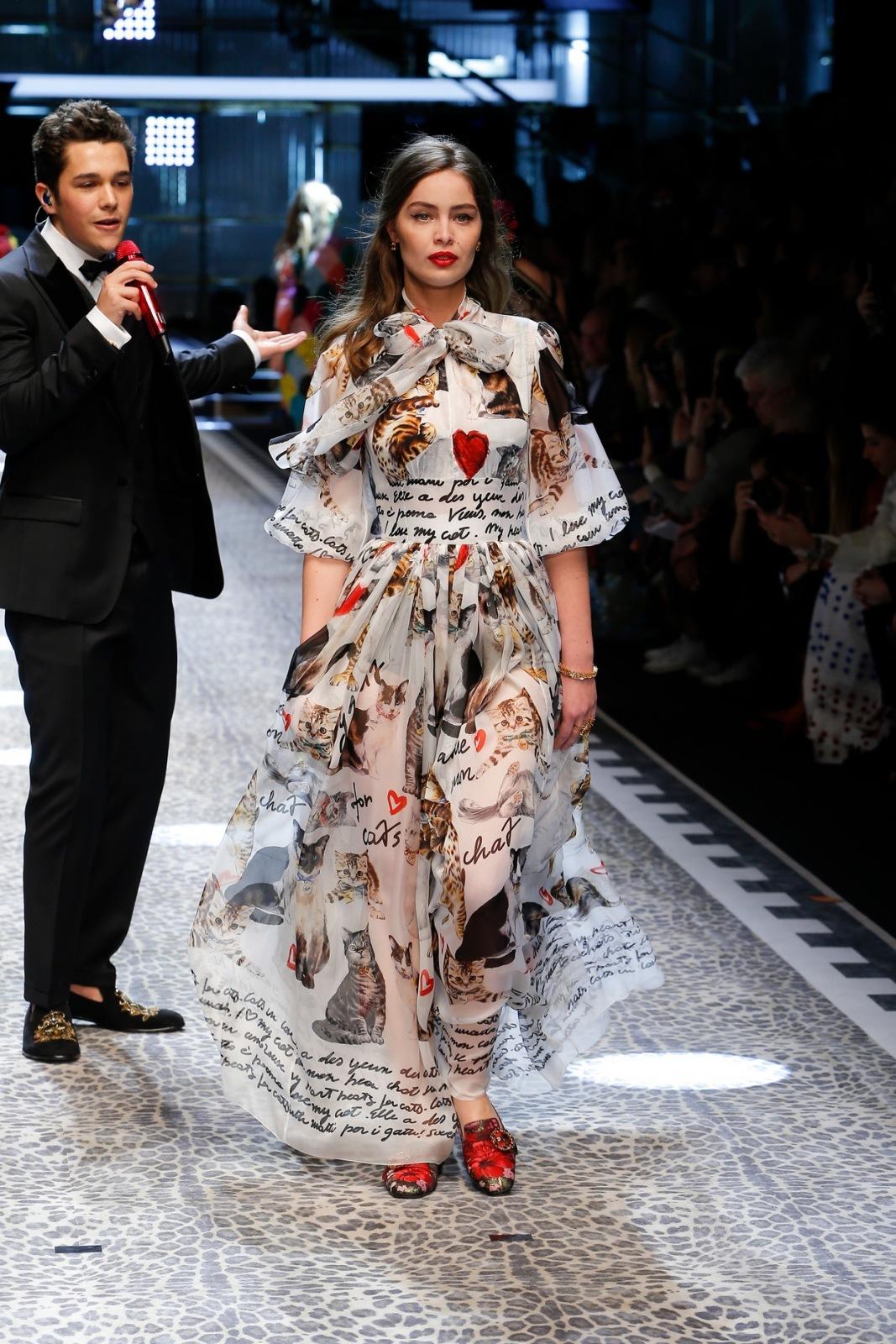 Dolce & Gabbana Fall Winter 2017 2018 Ready To Wear