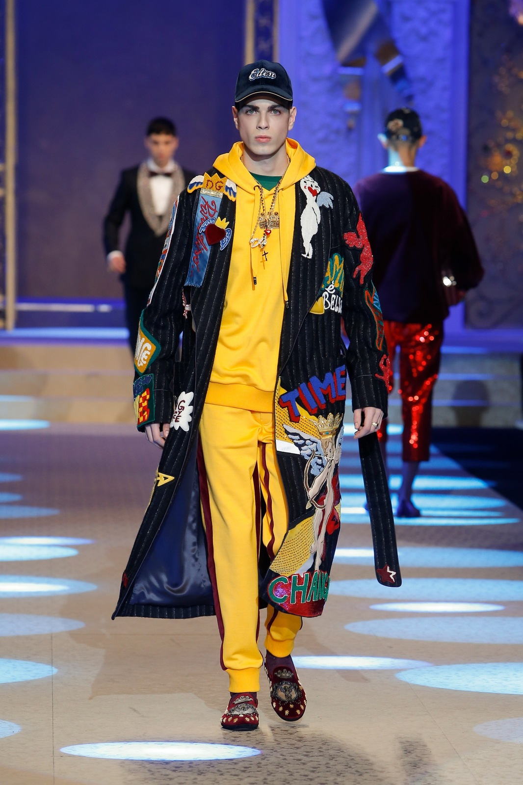 78d98e441313 Clothing as Art - that is the men s Dolce   Gabbana FW 18 collection ...