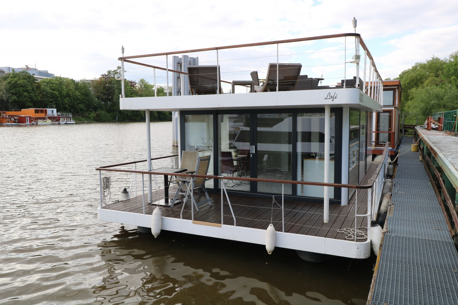 Life on the Vltava river: We're moving into a houseboat