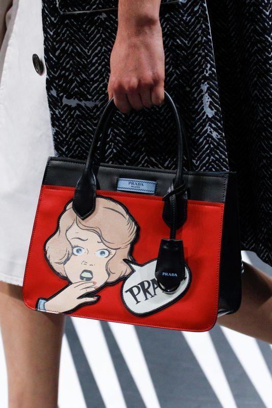 Prada kabelky SS 18  Neskrývejte v sobě ženu. Ukažte 70b69b97211