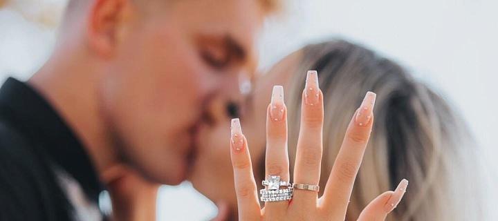 O pořádně drahém prstenu sní snad každá žena