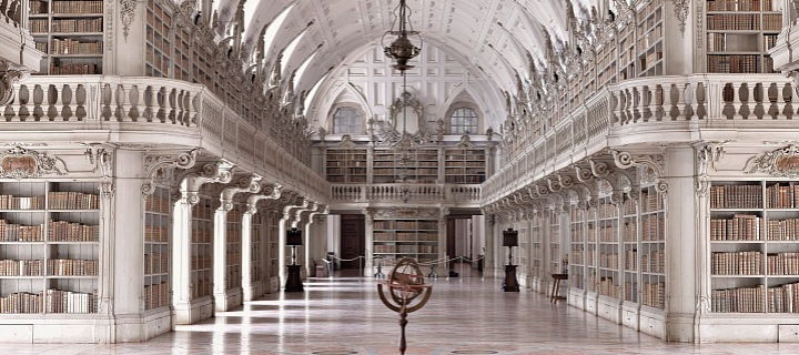 Knihovna do Convento de Mafra, Portugalsko
