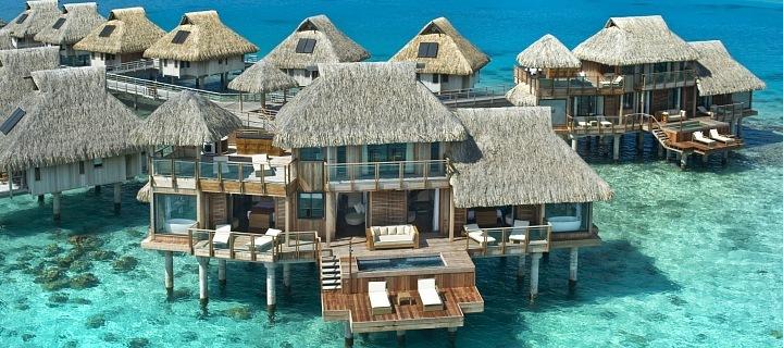 Luxusní bungalov na Bora Bora.