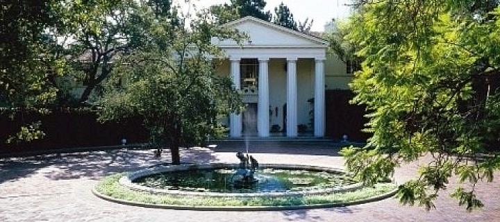 Dům LA, který patří Jeffovi Bezosovi