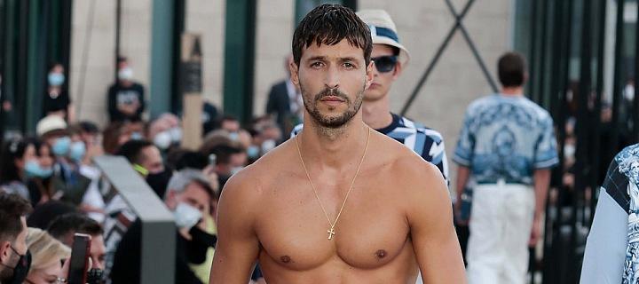 Muž v modelu Dolce & Gabbana