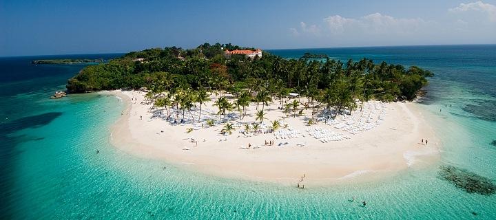 Dominikánská republika láká na exotiku a teplé moře.