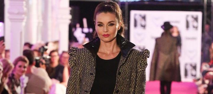 Iva Kubelková on catwalk