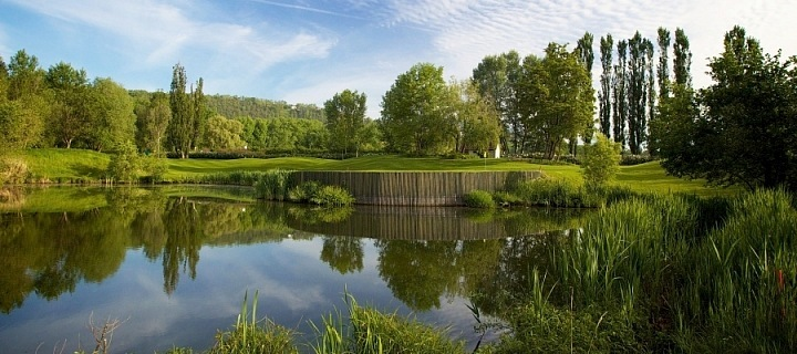 Lokalita Hodkovičky, golf