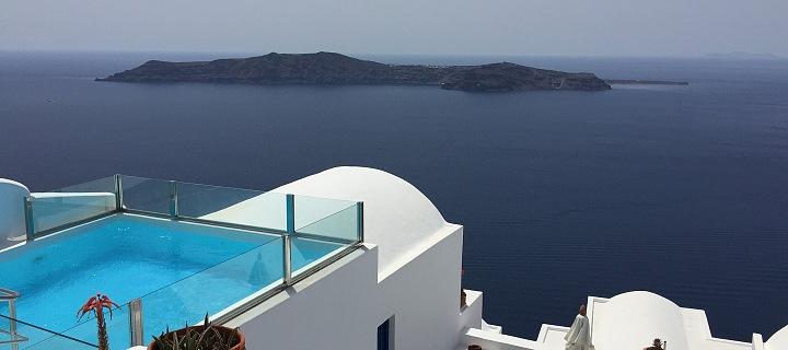 V Řecku jsou na turisty nakažené koronavirem připraveni.