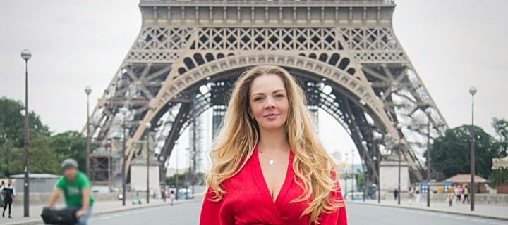 Simona u Eiffelovky