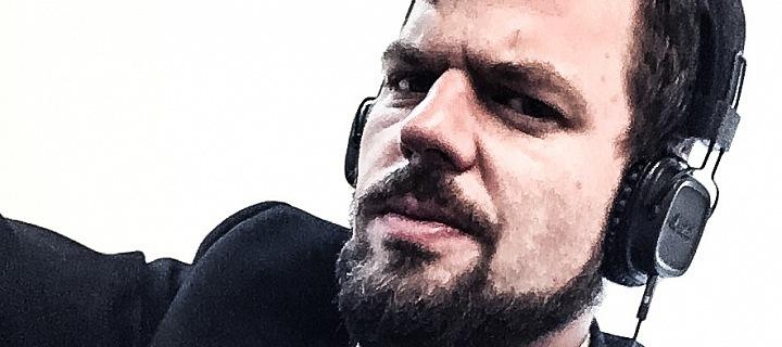 Rigger Jakub Šesták se v civilním životě živí jako zvukař.