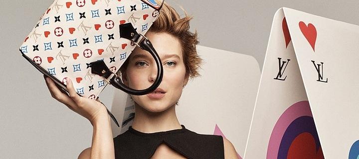 Léa Seydoux s kabelkou Louis Vuitton