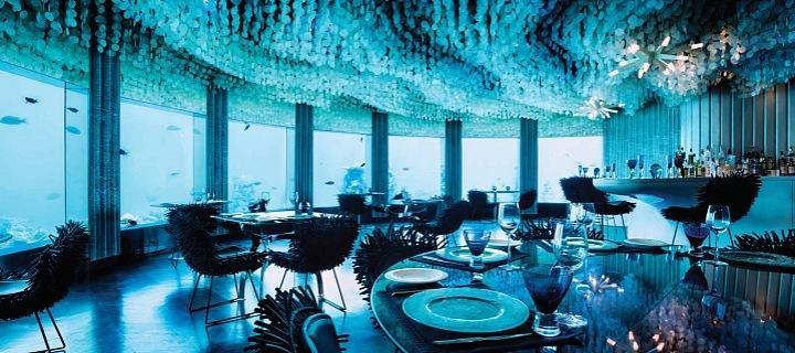 Subsix bar v Maledivách