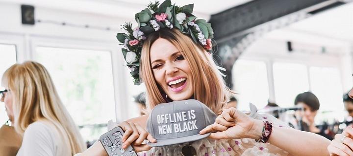 Nikol je sice pořád online, ale její svatba bude celá offline.