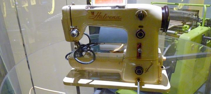Šicí stroj Halvena