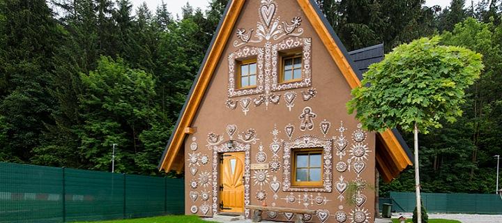 Perníková chaloupka se nachází v krásném prostředí na Oravě.