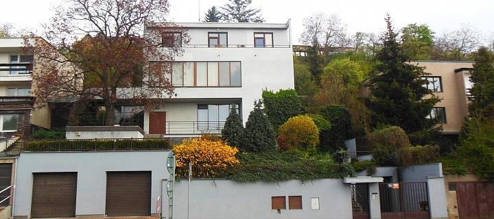 Dílo architekta Adolfa Benše, Divišova vila