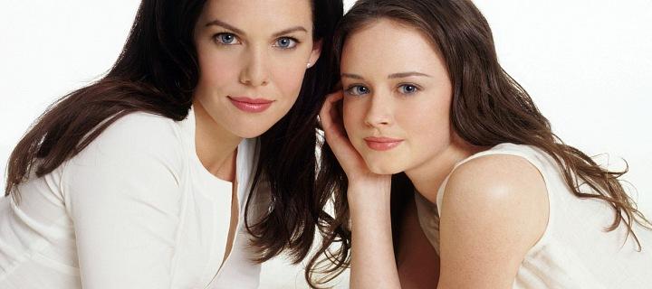 Lauren Graham a Alexis Bledel - nezapomenutelná Gilmorova děvčata
