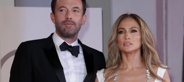 Jennifer Lopez And Ben Affleck zavítali na červený koberec