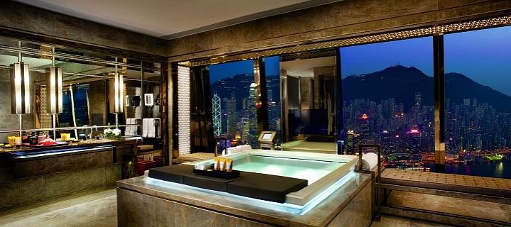 Hotels s Jacuzzi v pokoji Ritz Carton, Hong Kong