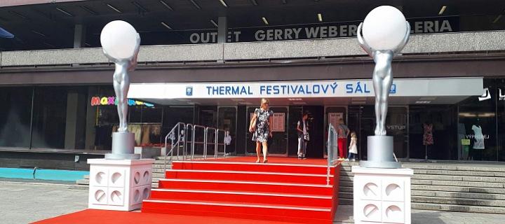 Hotel Thermal, červený koberec 2020