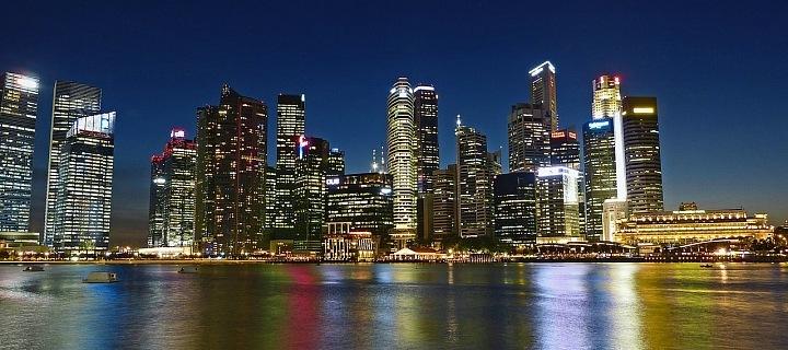Singapur se vždy umísťuje na vrcholech žebřícků drahých měst.