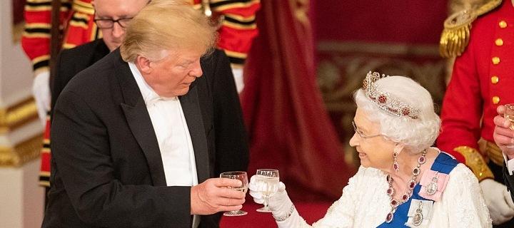 I přes Trumpovy přešlapy si s Královnou rozuměli.