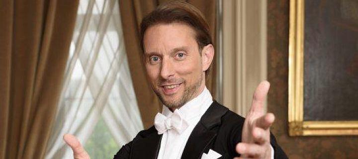 Každou sobotu je Václav v porotě v taneční soutěži StarDance.