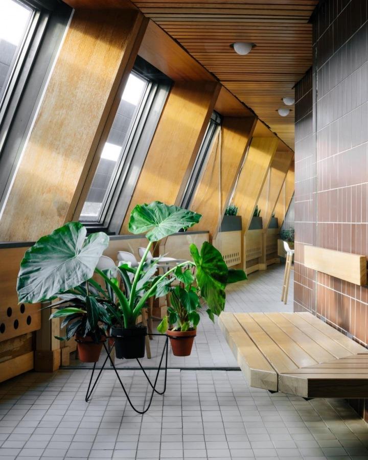 V sauně je zachovaná atmosféra 80. let.