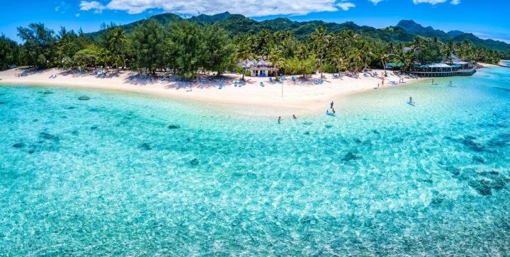Luxusní pláže s bílám pískem