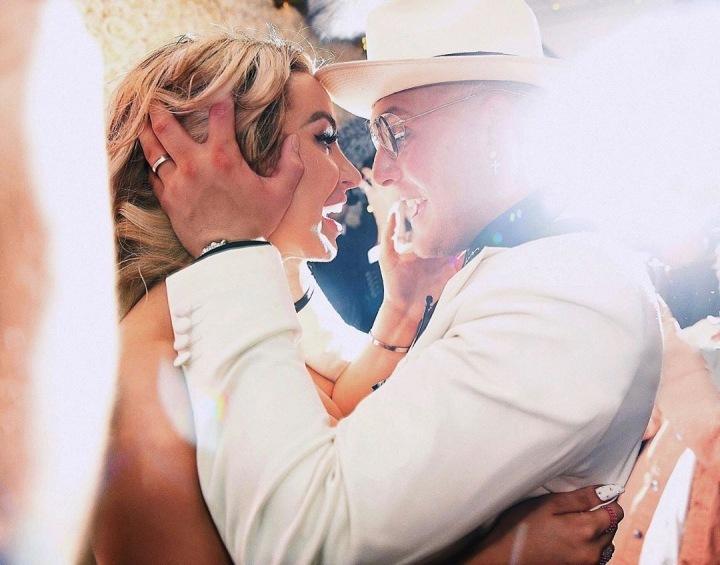 Online přenos svatebního obřadu sledovalo 66 tisíc lidí.