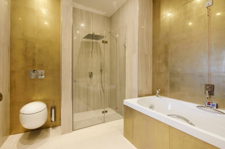 Zlatá koupelna.