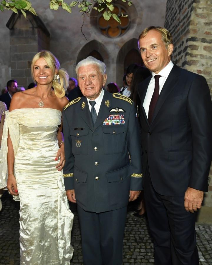 Jean-Frédéric Dufour a Tamara Kotvalová a Emil Boček