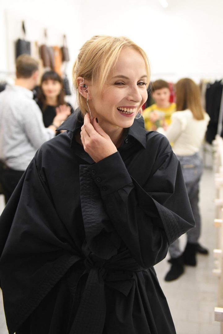 Jana Plodková má ráda šperky i módu, co podtrhují ženskou linii.