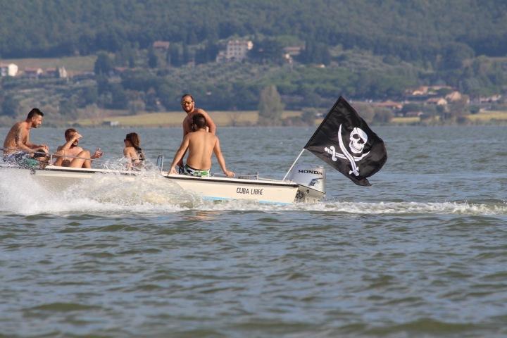 Mladší a střední generace Pirátům často věří víc než zavedeným stranám a hnutím