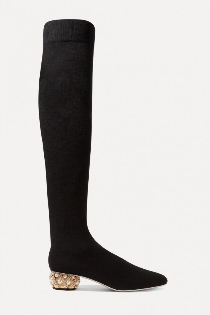 Boty přes kolena z kašmíru od Reného Caviolli.