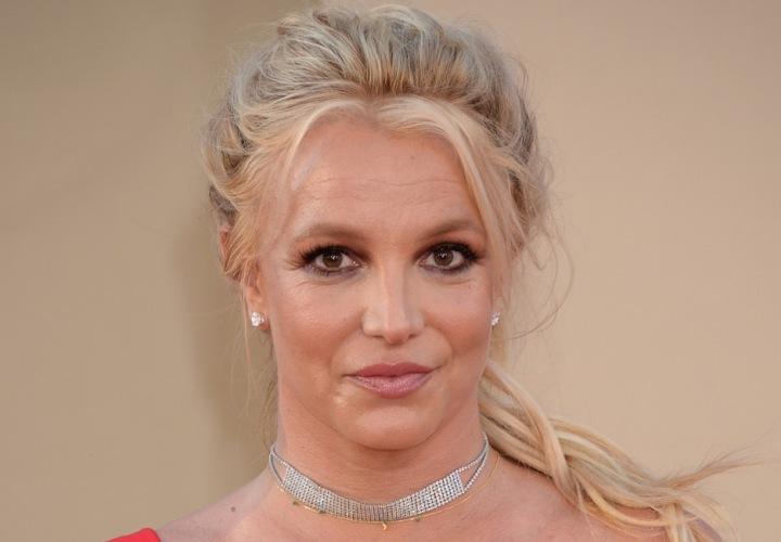 Zpěvačka Britney Spears na červeném koberci