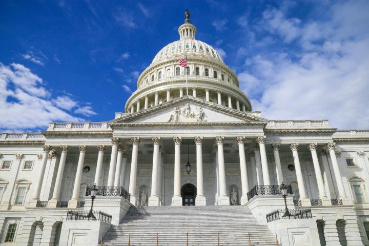 Capitol ve Washingtonu
