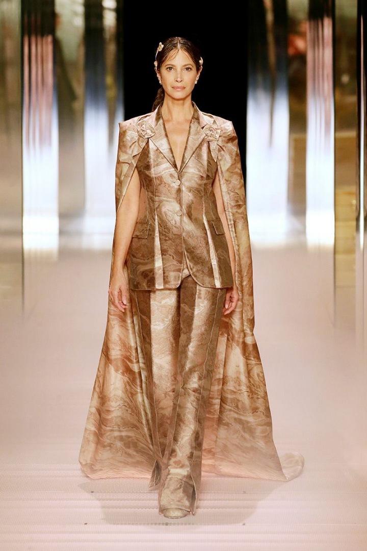 Christy Turlington na přehlídce Fendi Couture SS2021