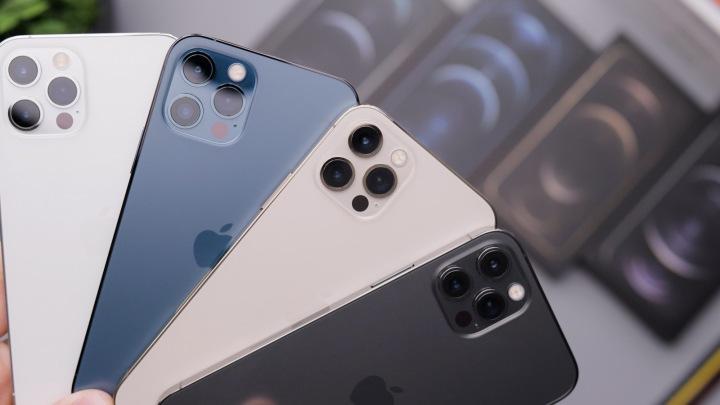 Chytré telefony iPhone 12