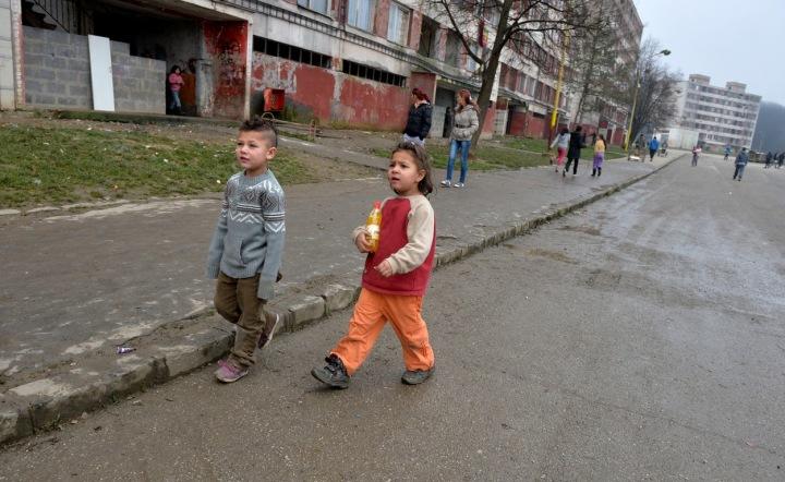 Děti na Luníku.