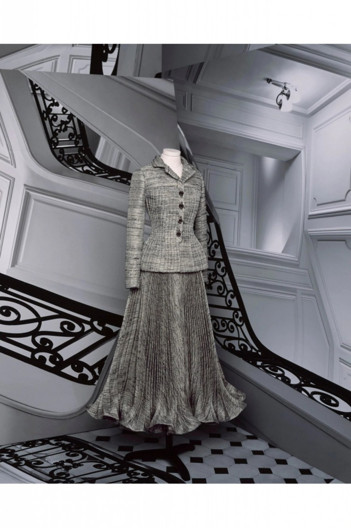 Kostým z kolekce Dior Fall 2020 haute couture