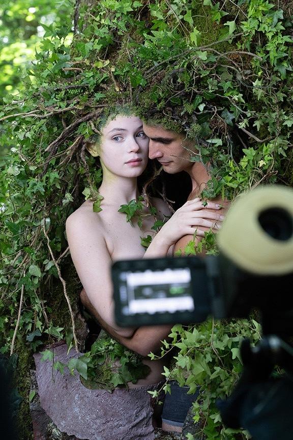 Muž a žena v přírodě