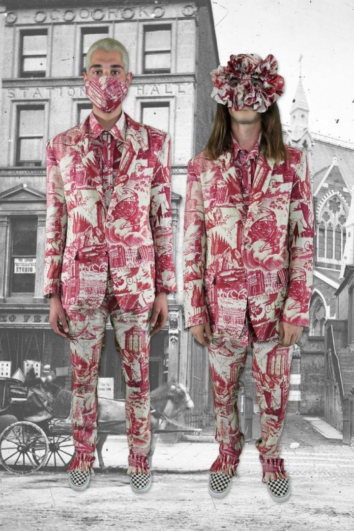 Dva muži barevném oblečení Libertine
