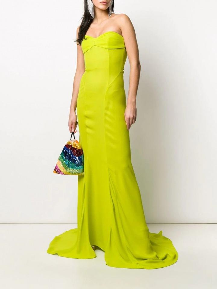 Limetově zelené šaty