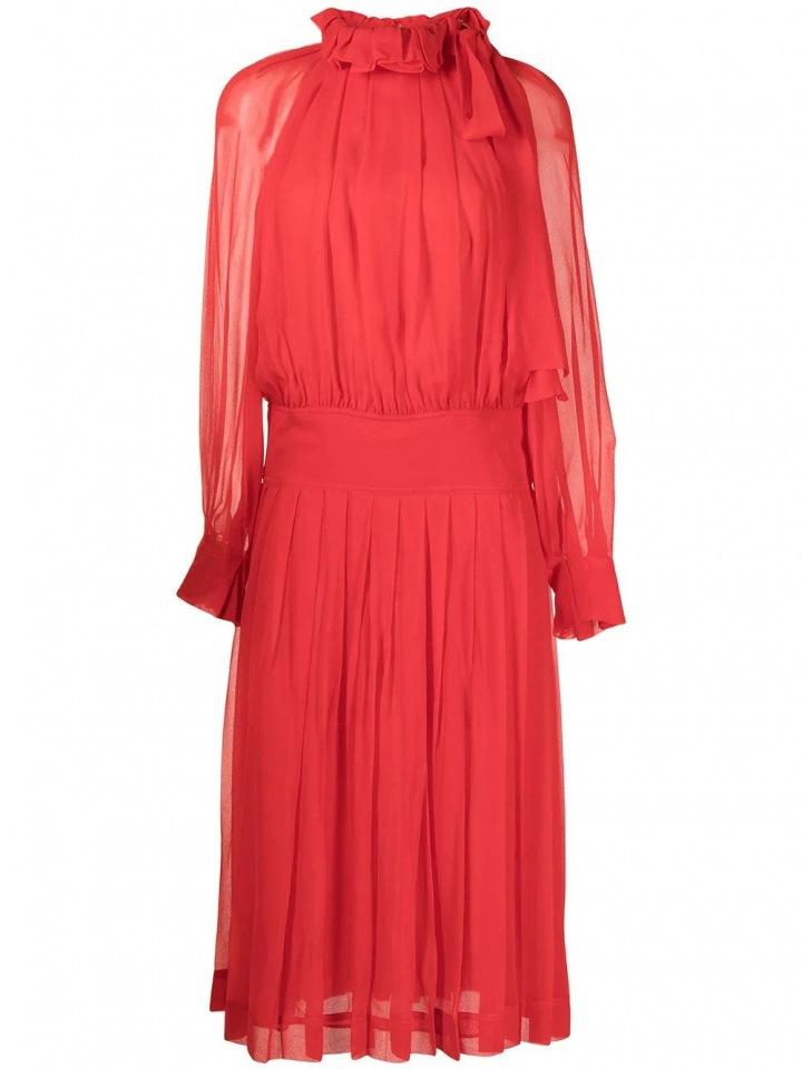 Červené šaty od Victorii Beckham