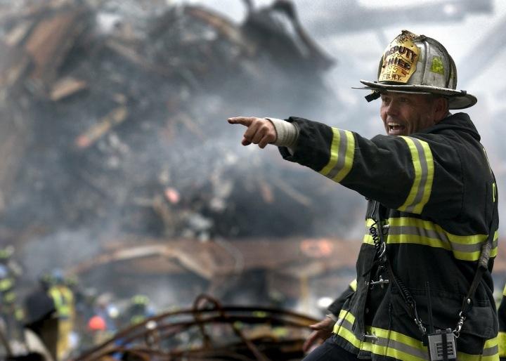 Hasiči teď méně zápasí s ohněm, o to víc pomáhají u lidí, kteří je potřebují.